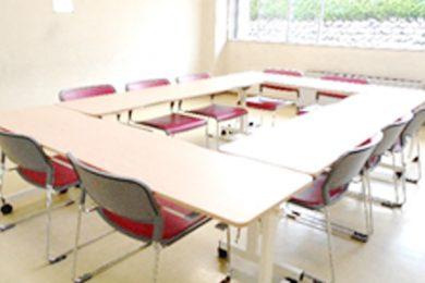 会議室 机の更新