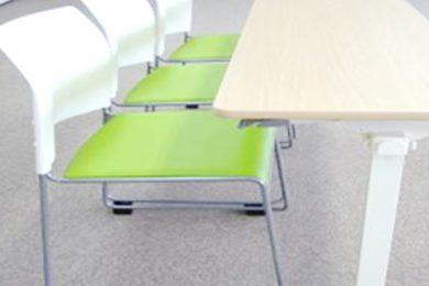 会議用 椅子の更新